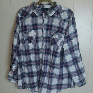 ⬇$25 Torrid Long Sleeve Plaid Blouse Size 3